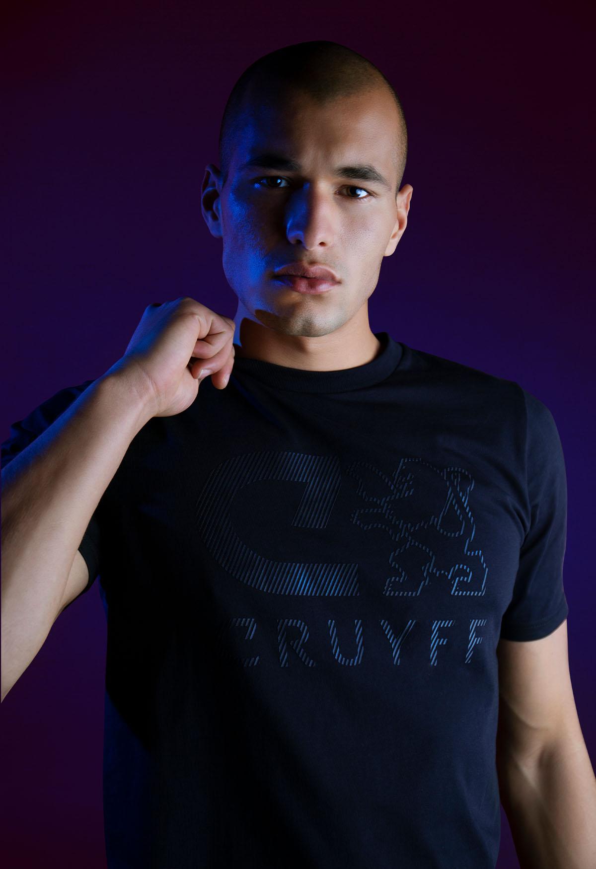 Cruyff Ximo Tee in Black